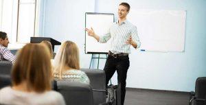 Manager et animer une équipe: la pratique du management ramenée à ses principes de base. Qui suis-je ? qui sont les autres? Comment interagir avec les autres ?